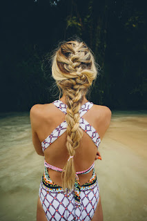 8 very Nice Hairstyle For You