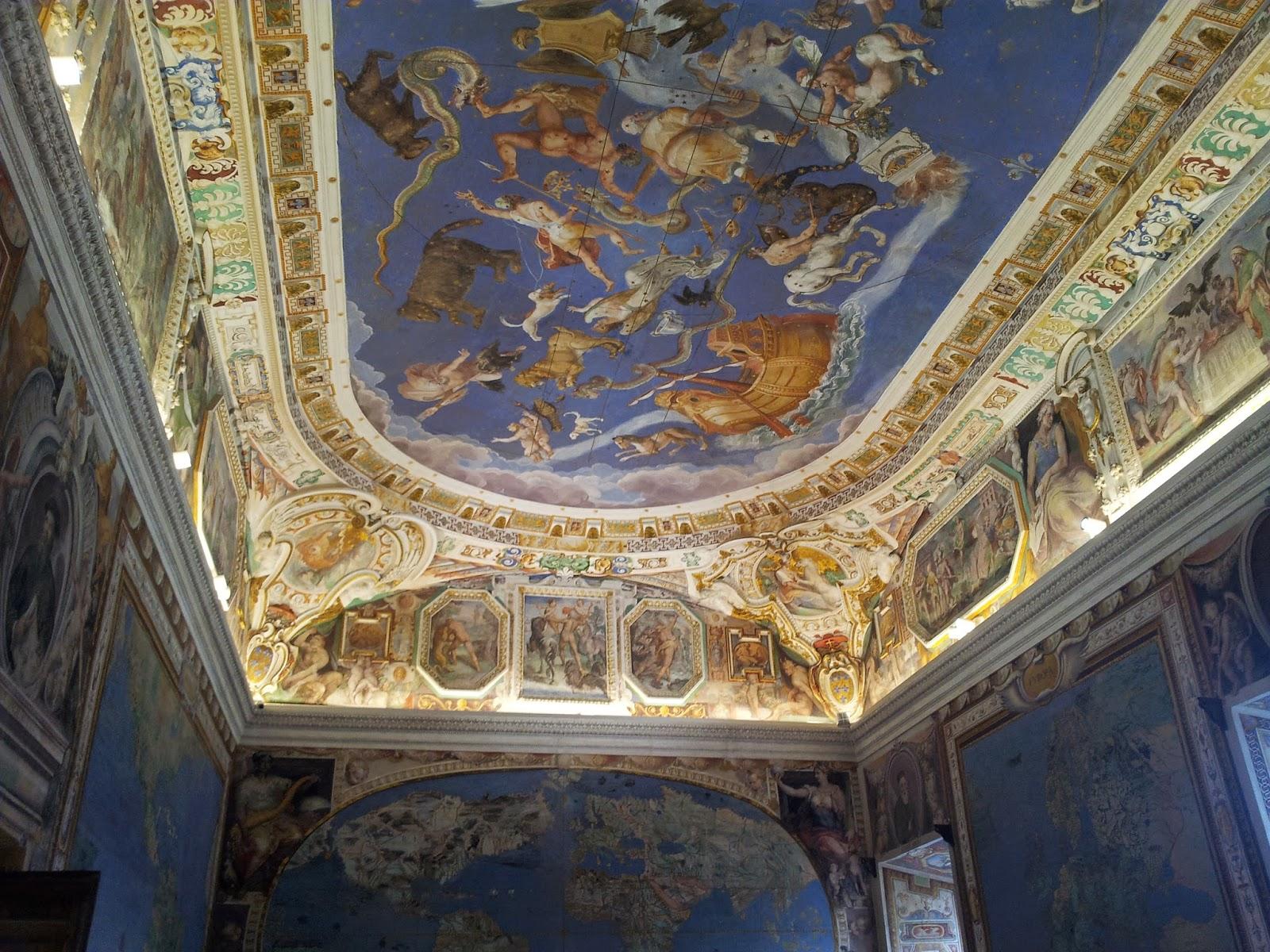 Soffitti A Volta Decorazioni : Dipinti murali a tempera
