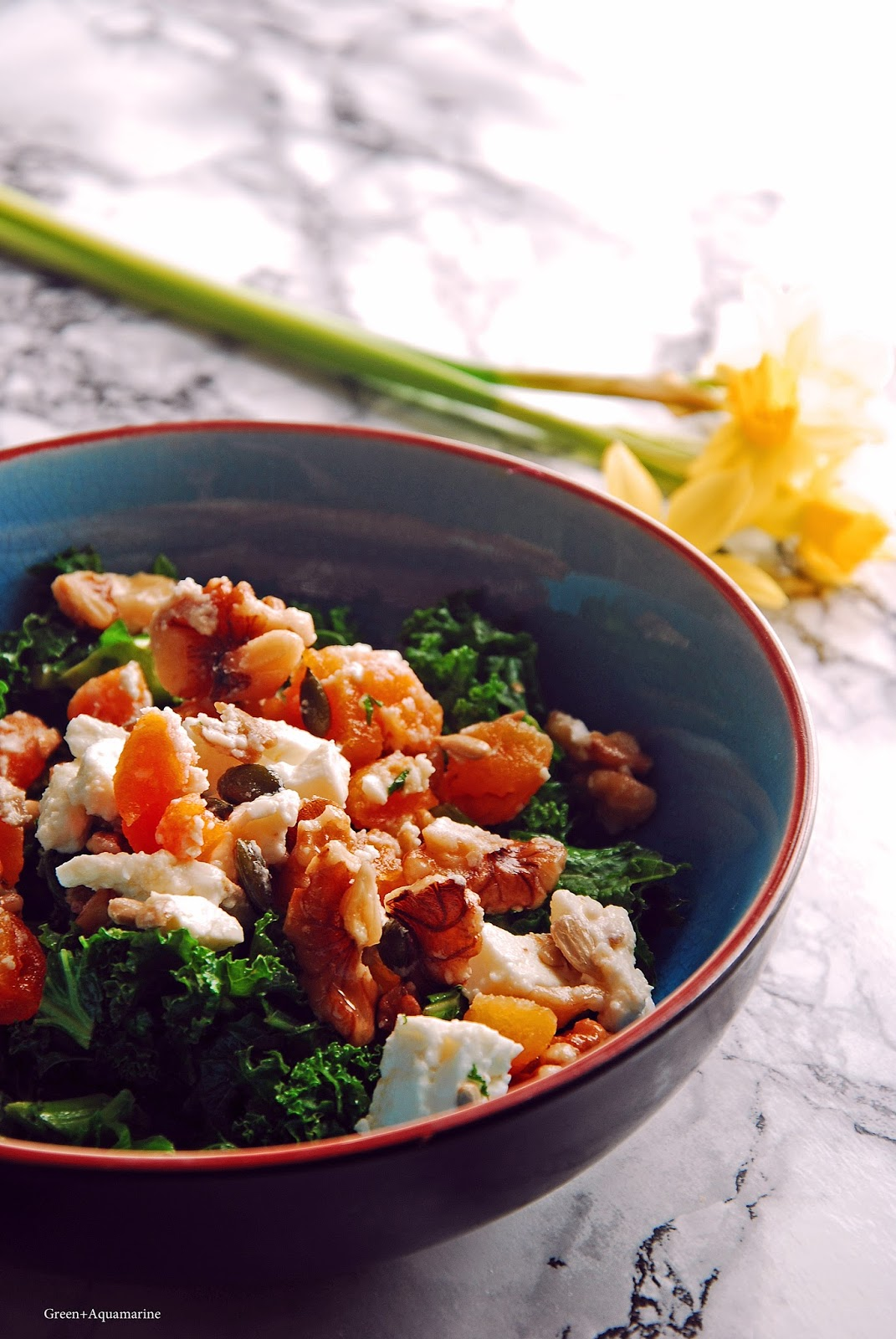 Make use of in-season kale in this omega fats-rich salad this lunchtime. Via @eleanormayc
