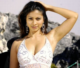 Tanisha Mukherjee Hot