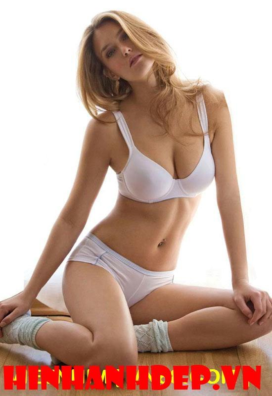 hình nền đẹp nữ hoàng Bikini 10