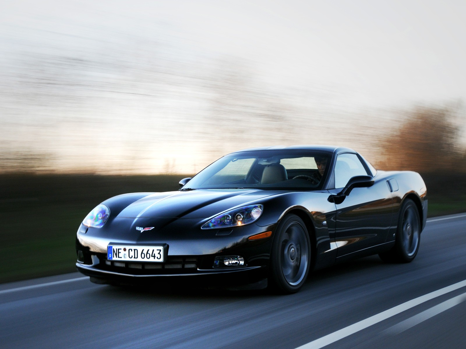 http://3.bp.blogspot.com/-58Zgw5CPYXk/T2HF1MBxpnI/AAAAAAAABfI/lKHNyTMRsio/s1600/chevrolet-corvette-c6-competition-03.jpg