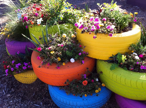 Wolff 39 s flea market blog flea market gardening recycled tire planter - Recycled containers for gardening ...