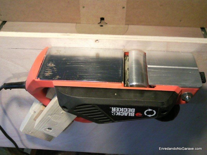 Como convertir un cepillo eléctrico en un cepillo de mesa, enredandonogaraxe.com