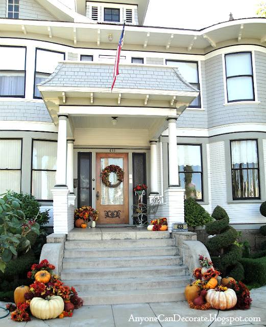 Front Porch Decorating: Anyone Can Decorate: Fall Front Porch Ideas 2012