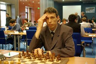 Echecs à Plovdiv : le GMI Bulgare Julian Radulski (2552) est l'adversaire du jour de Maxime Vachier-Lagrave (2682) © site officiel