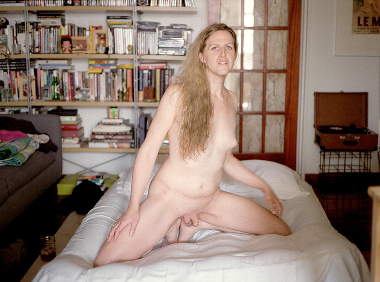 phoebe cates nude com