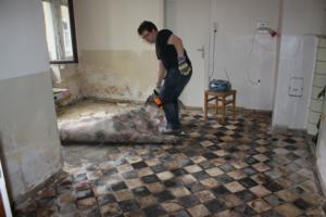uns hus ein bericht ber die renovierung eines bauernhofes aus dem jahr 1800 april 2011. Black Bedroom Furniture Sets. Home Design Ideas