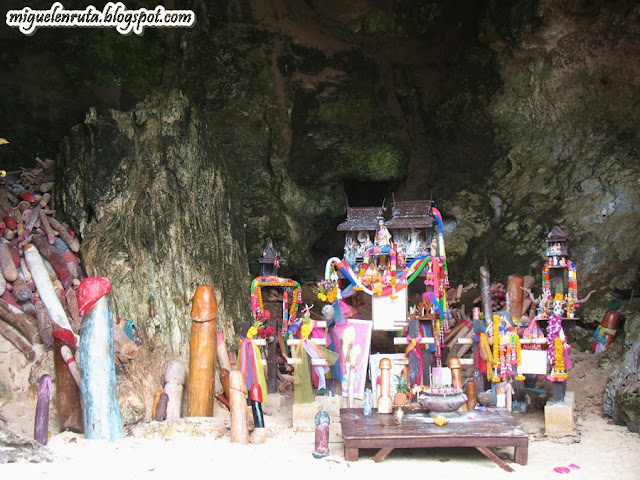 Railay Cave