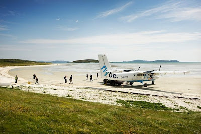 The World's Most Dangerous Airports: Barra Airport, Scotland  Seen On www.coolpicturegallery.us
