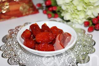 Đón Tết âm với món mứt cà chua bi