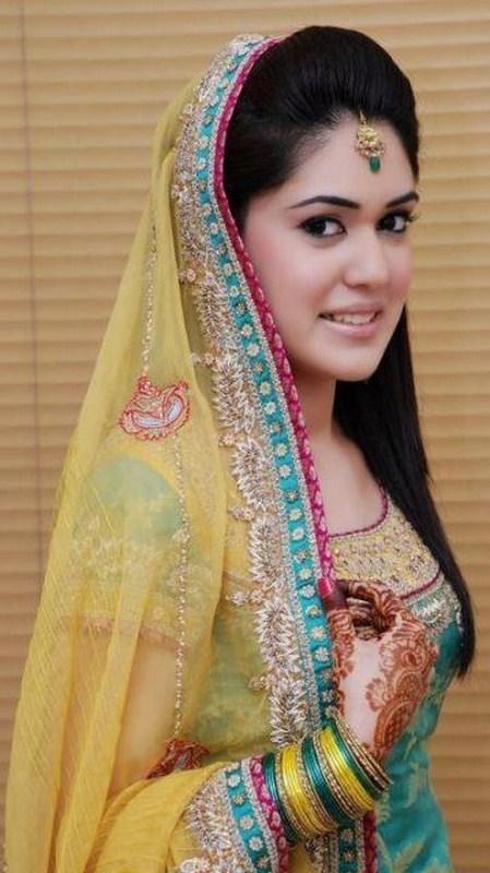 Dress Designes mehndi dress