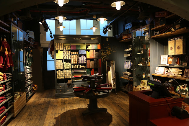Harry Potter Shop, London (ThinkJam image)