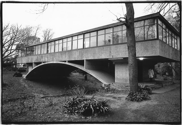 La forma moderna en latinoam rica la casa del puente - La casa del puente regules ...
