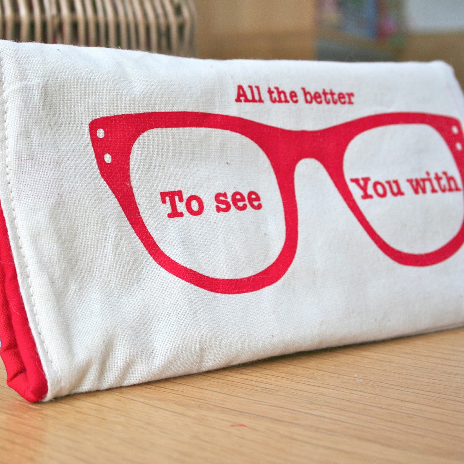 evajeanie and the sewing machiney: Red Riding Hood Glasses ... - photo#5