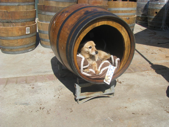 Sew doggystyle friday finds pet beds for Barrel dog house designs