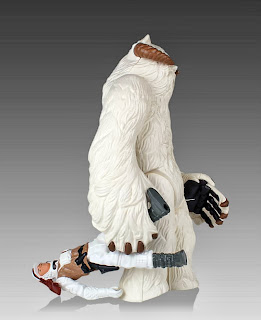 Gentle Giant Kenner Jumbo Star Wars Wampa Figure