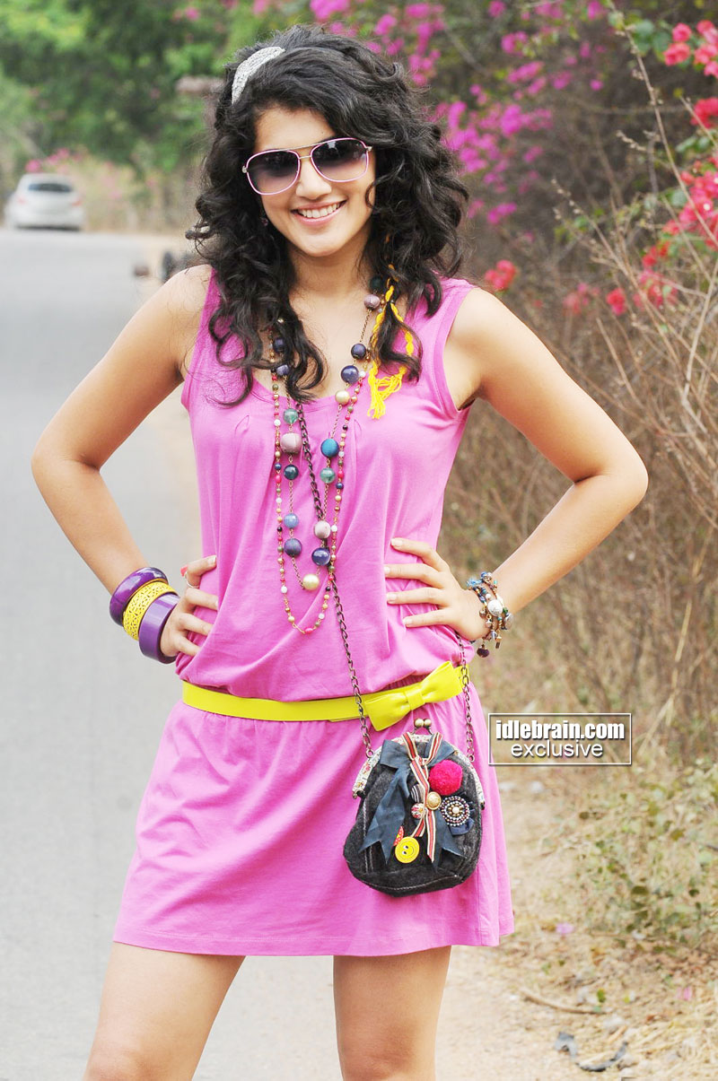 Tapsee Pannu - Hot Tapsee Pannu Images from Telugu Movie