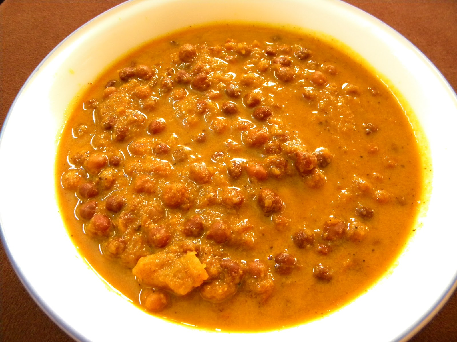 Fast Indian Recipes: Kala Chana Masala (Black Chickpeas Curry)