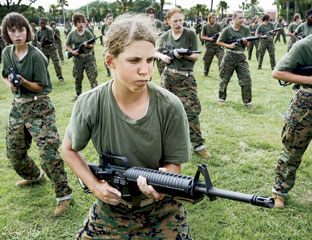 a debate on the controversial issue of women serving at the front combat lines The us military will formally end its ban on women serving in front-line combat roles, officials said on wednesday, in a move that could open thousands of fighting jobs to female service.