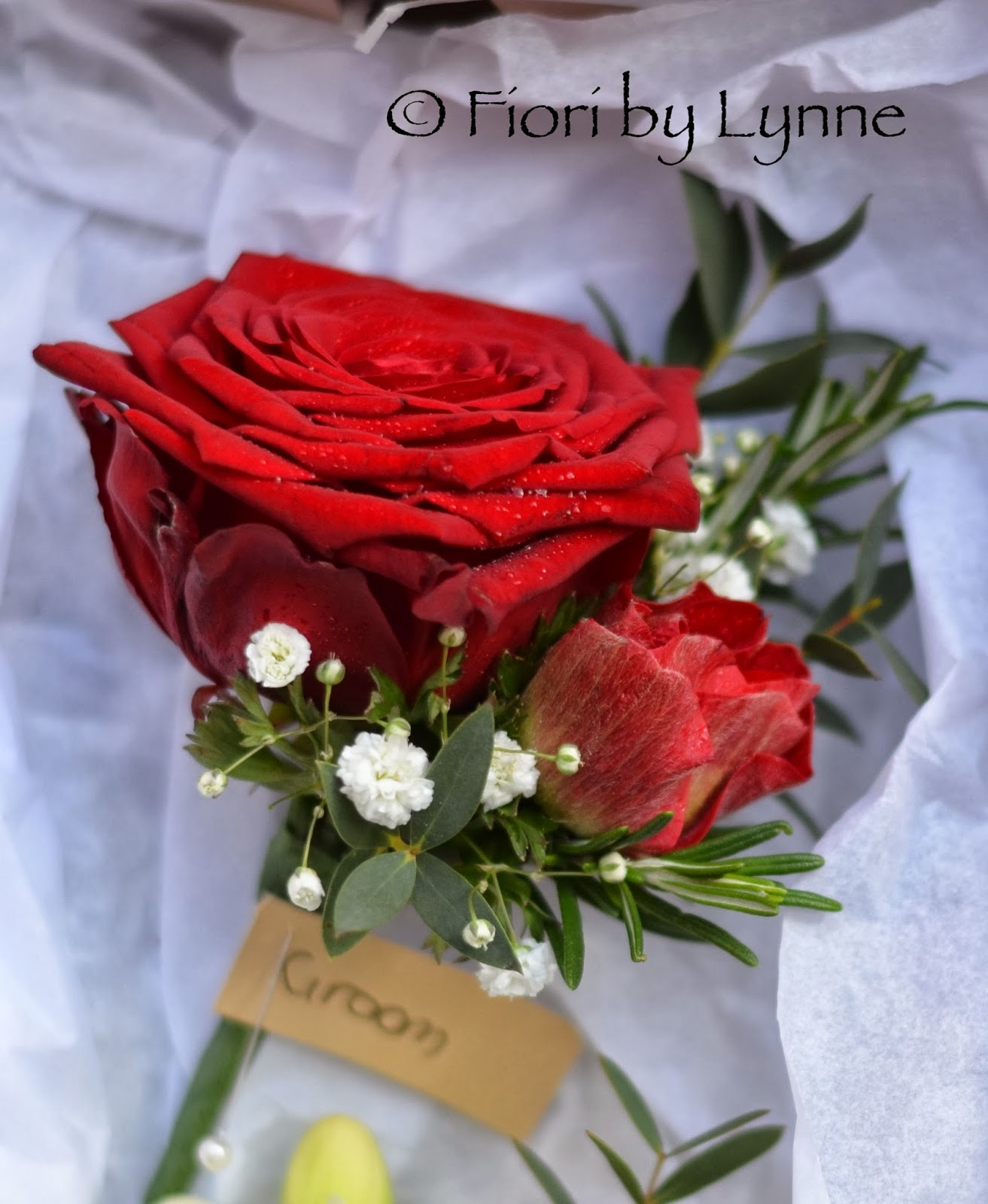 Wedding Flowers Blog: Ben & Nicky\'s Red and White Wedding Flowers ...