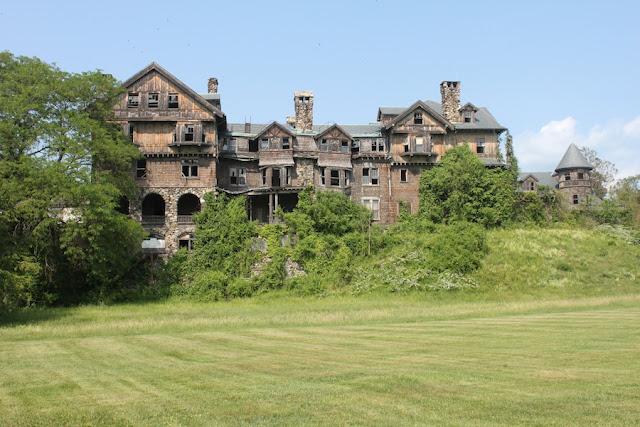 Halcyon Hall, Millbrook, Nueva York, EE.UU. castillo abandonado