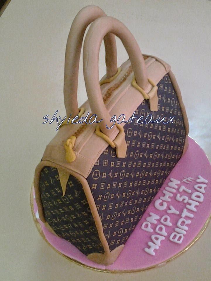 3D LV handbag cake