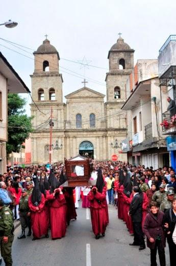 Procesión de Viernes Santo revive la fe de los tarijeños