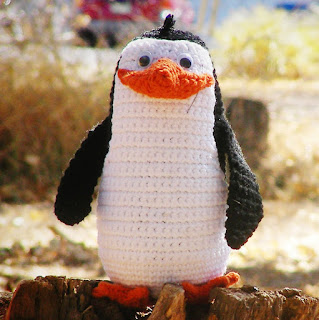 free crochet patterns: rico and the penguins of madagascara