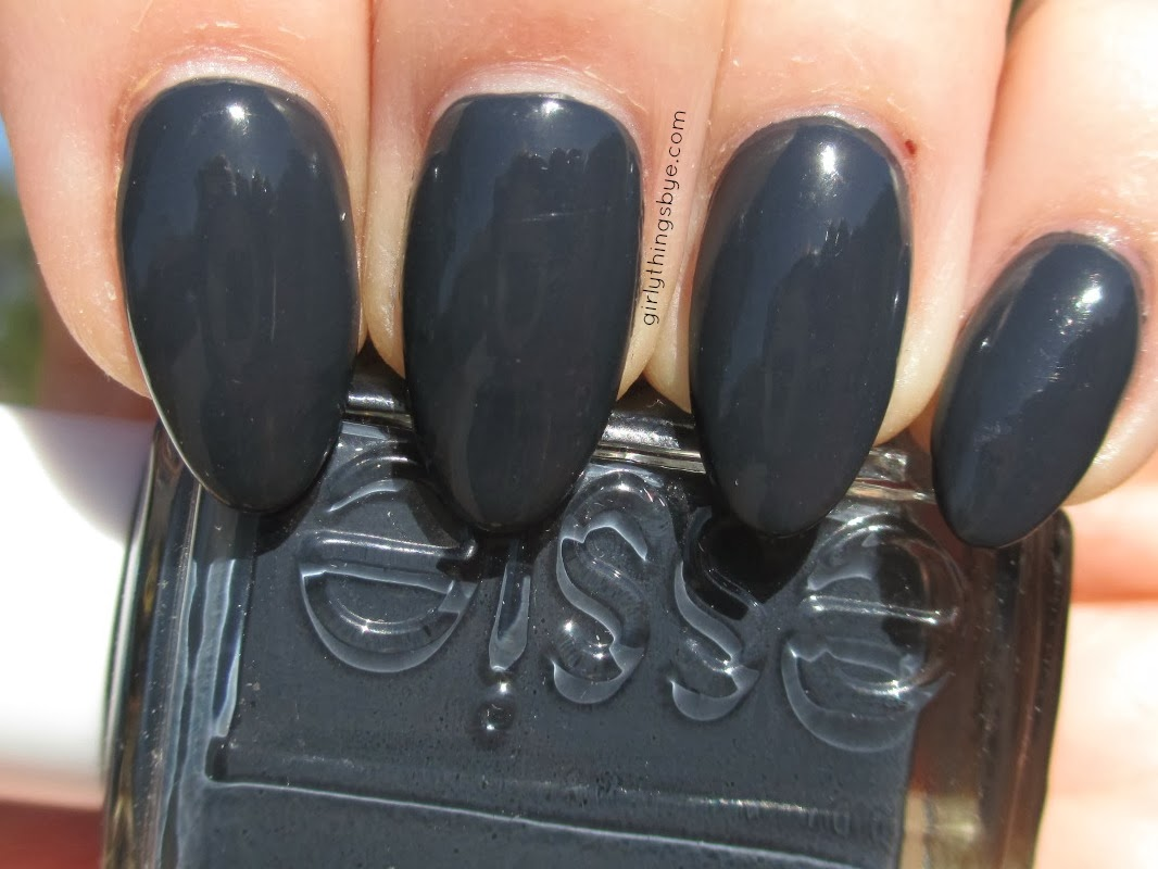 Essie Bobbing for Baubles, @girlythingsby_e