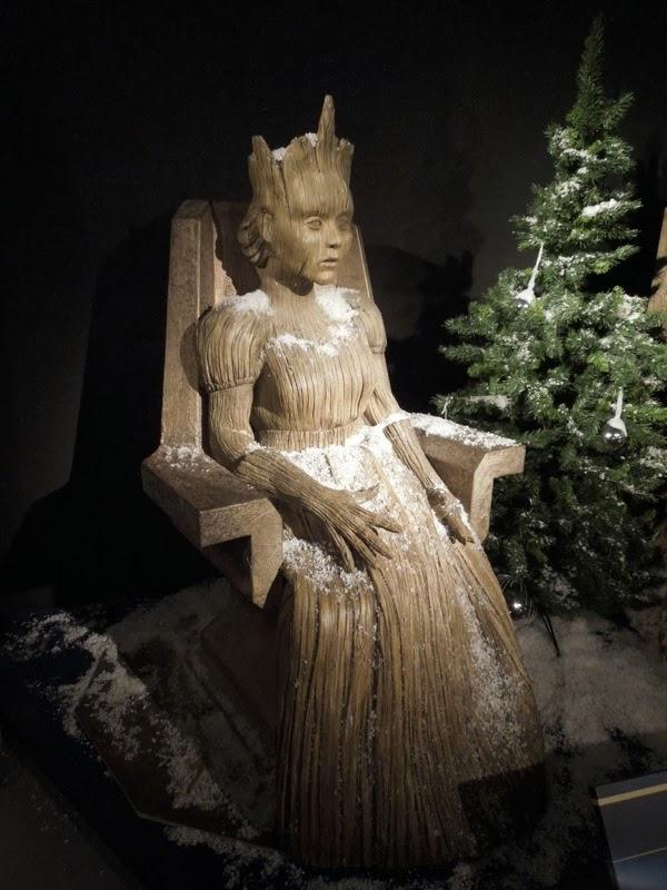 Doctor Who Wooden Queen prop