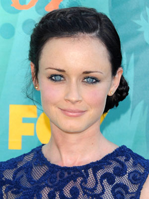 Alexis Bledel Hairstyle 14