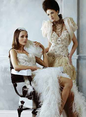 Straps V-neck Sweep/ Brush Train Wedding Dress