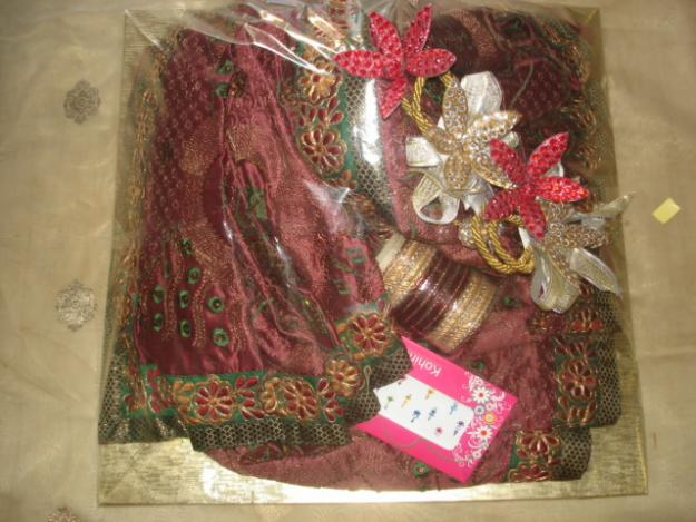 Gift Wrapping Ideas For Indian Weddings : ... Trousseau-Packing-And-Gift-Wrapping-Other-Services-1281439564.jpg