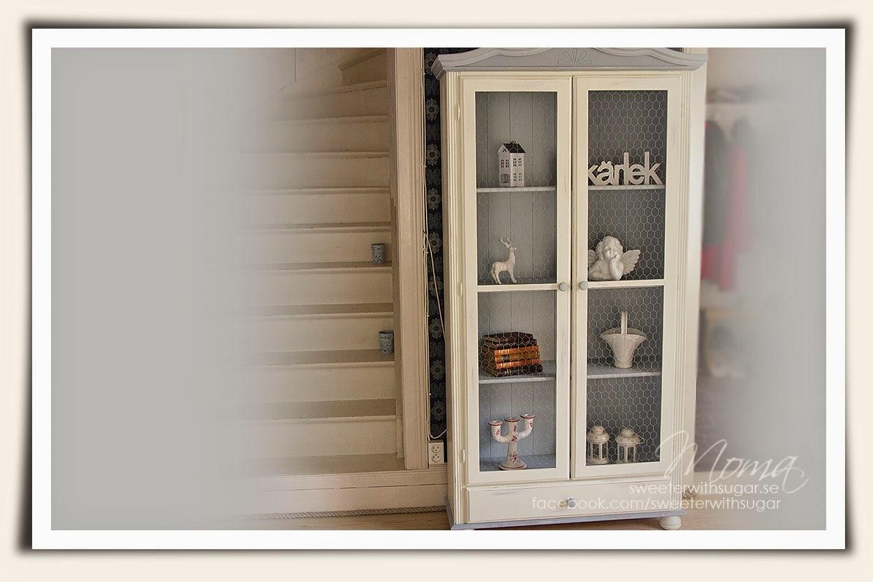 Shabby Chic, vintage Living, furuskåp, vitrinskåp, vintage dresser, Beckers Elegant Aqua Lackfärg