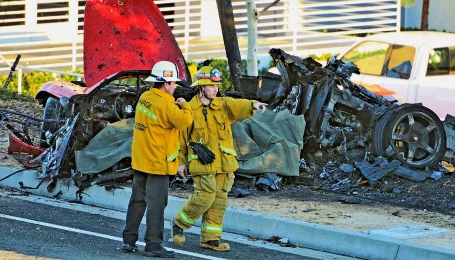 Muere el actor Paul Walker auto destrozado