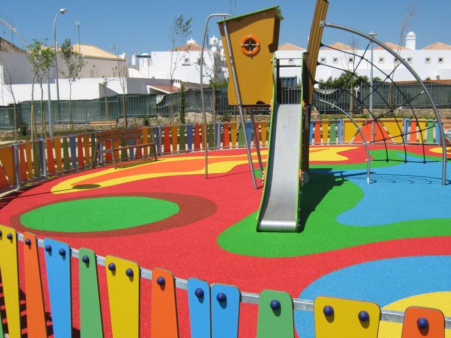Grumadur s l empresa de mobliario urbano y parques - Suelos vinilicos infantiles ...