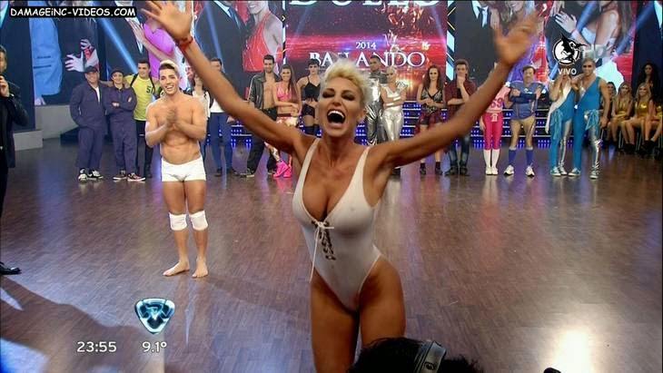 Argentina showgirl Victoria Xipolitakis hot body and nipple poke HD video