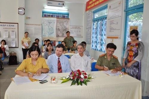 Đà Nẵng khai trương dịch vụ phát hộ chiếu tại nhà