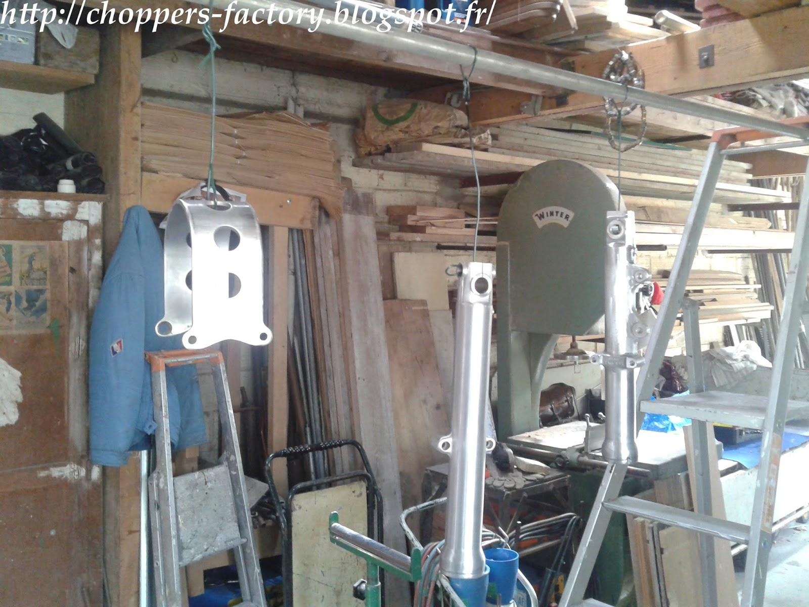 choppers factory sportster work peinture epoxy fourche. Black Bedroom Furniture Sets. Home Design Ideas
