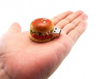 Flashdisk Hamburger bagi Anda yang kelaparan data.