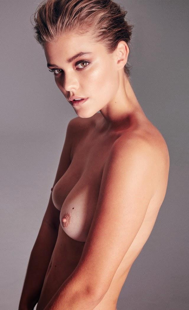 Nina Agdal en topless