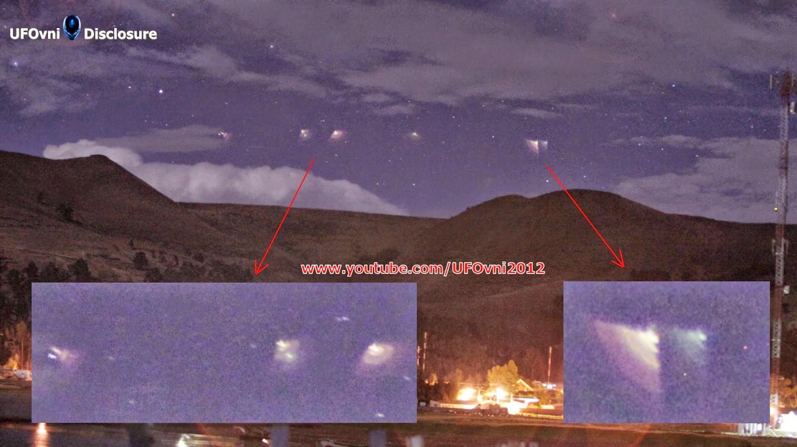 Lumières étranges qui apparaissent dans le ciel, puis disparaissant La Paz, Bolivie, le 24 Novembre