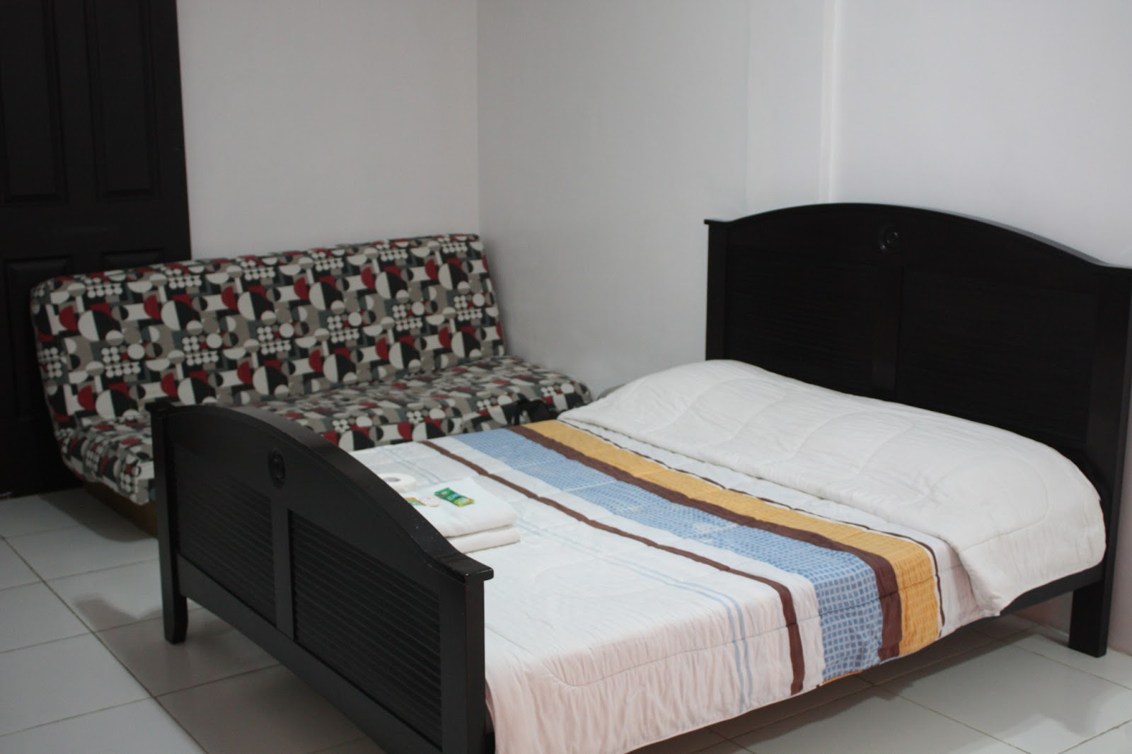 Quezon premier hotel an affordable and cozy place to for Affordable furniture quezon city