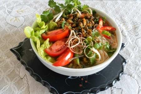 Snail Vermicelli Soup (Bún Ốc)