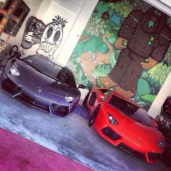 Does Chris Brown Have 2 Lamborghini Aventadors