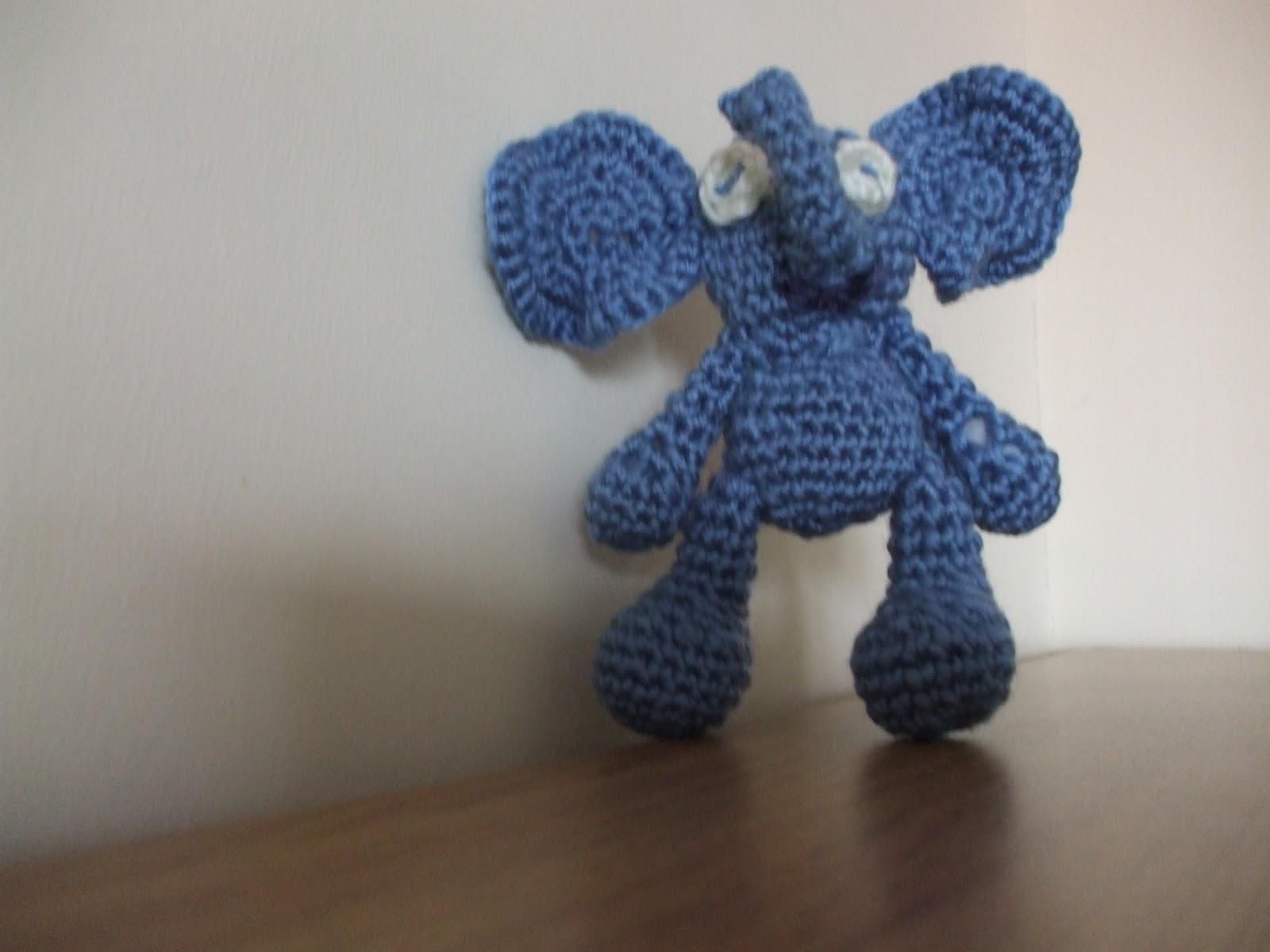 Fizzy Elephants: Amigurumi Bigfoot Elephant