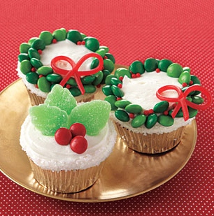 cute and easy christmas cupcake ideas from all you