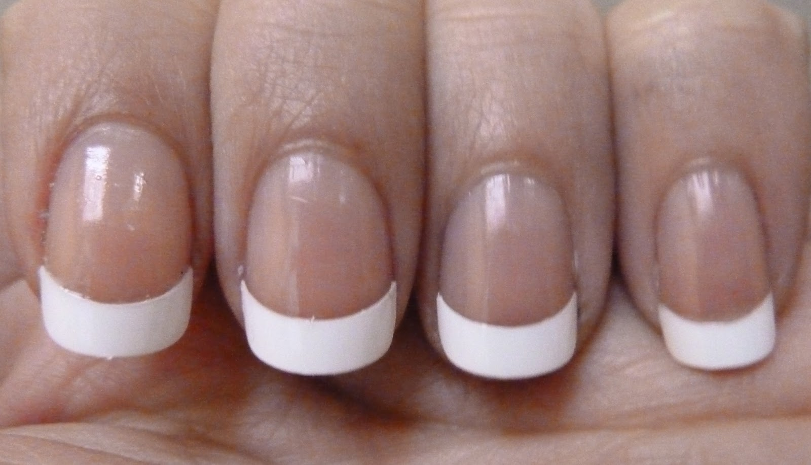 NailsByStephanie: Essence Studio Nails French Tips - Long Style