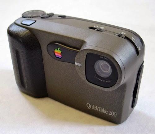 Lançada em 1994, Apple QuickTake foi uma câmera digital vendida por três anos pela empresa